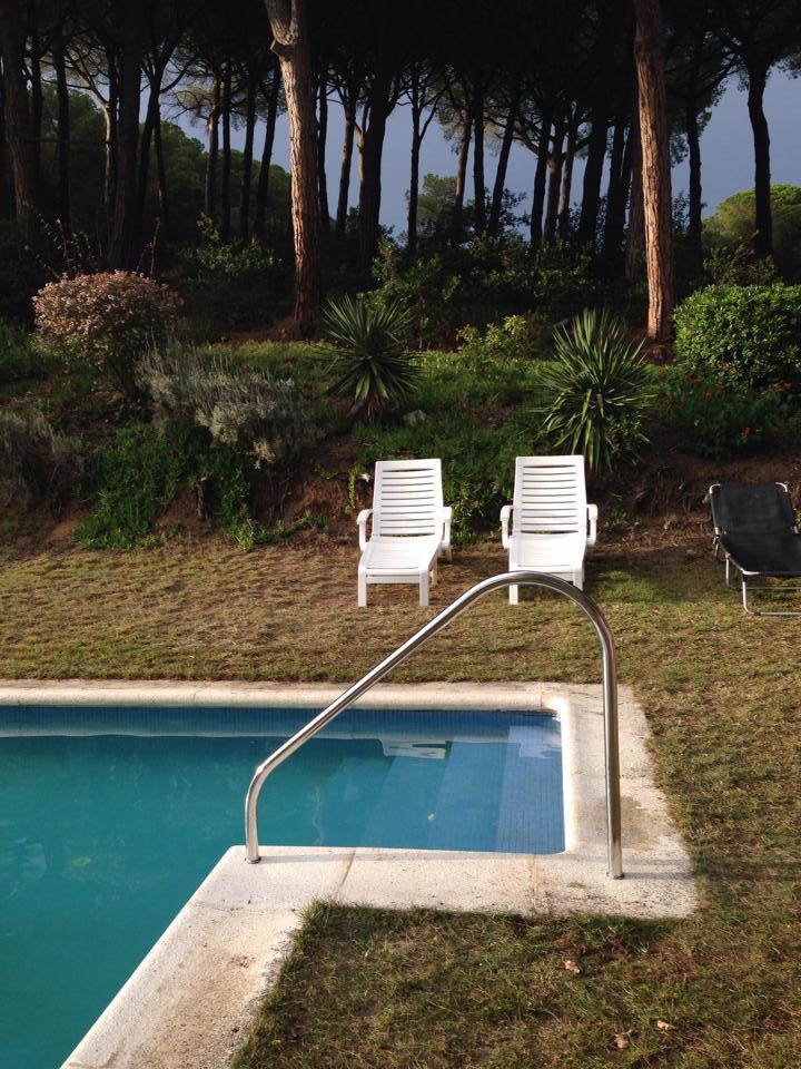 Barandilla para piscinas y puertas del cuarto de bombas for Barandilla piscina